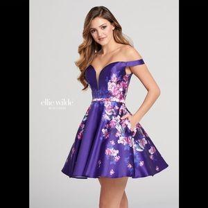 ELLIE WILDE short formal dress